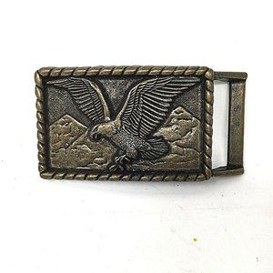 Vintage belt buckle with American Eagle and rope